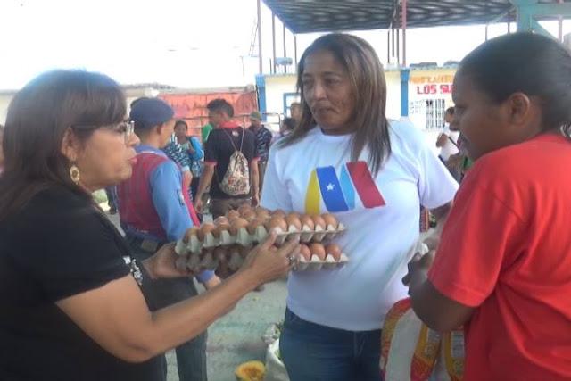 Familias del sector Los Centauros fueron favorecidas con Feria del Campo Soberano en San Fernando.