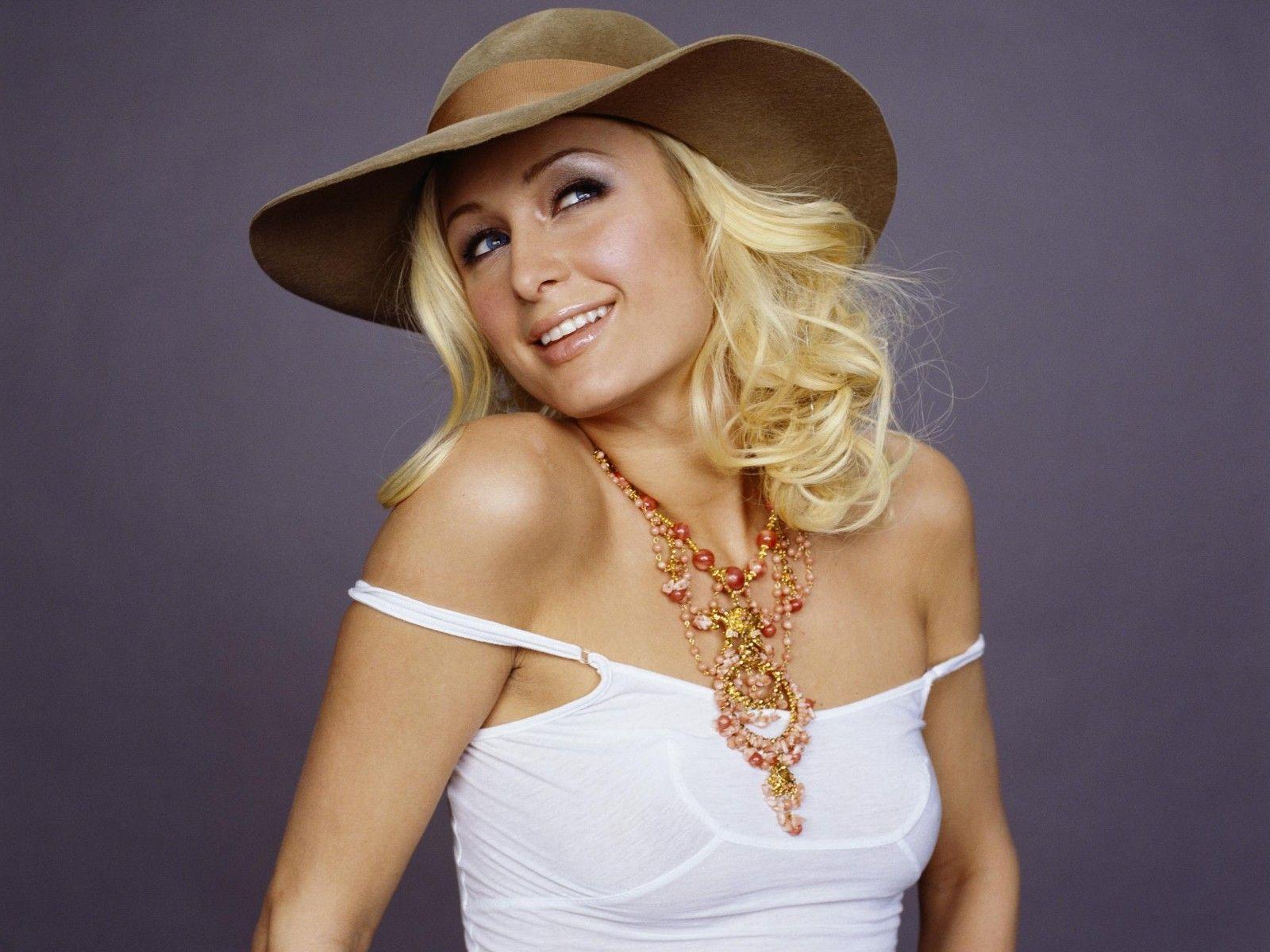 Paris Hilton Sexy Video