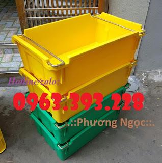 Thùng nhựa có quai xách, hộp nhựa đựng hải sản 5466b45bbe35586b0124