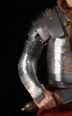 Roman Manica Armguard