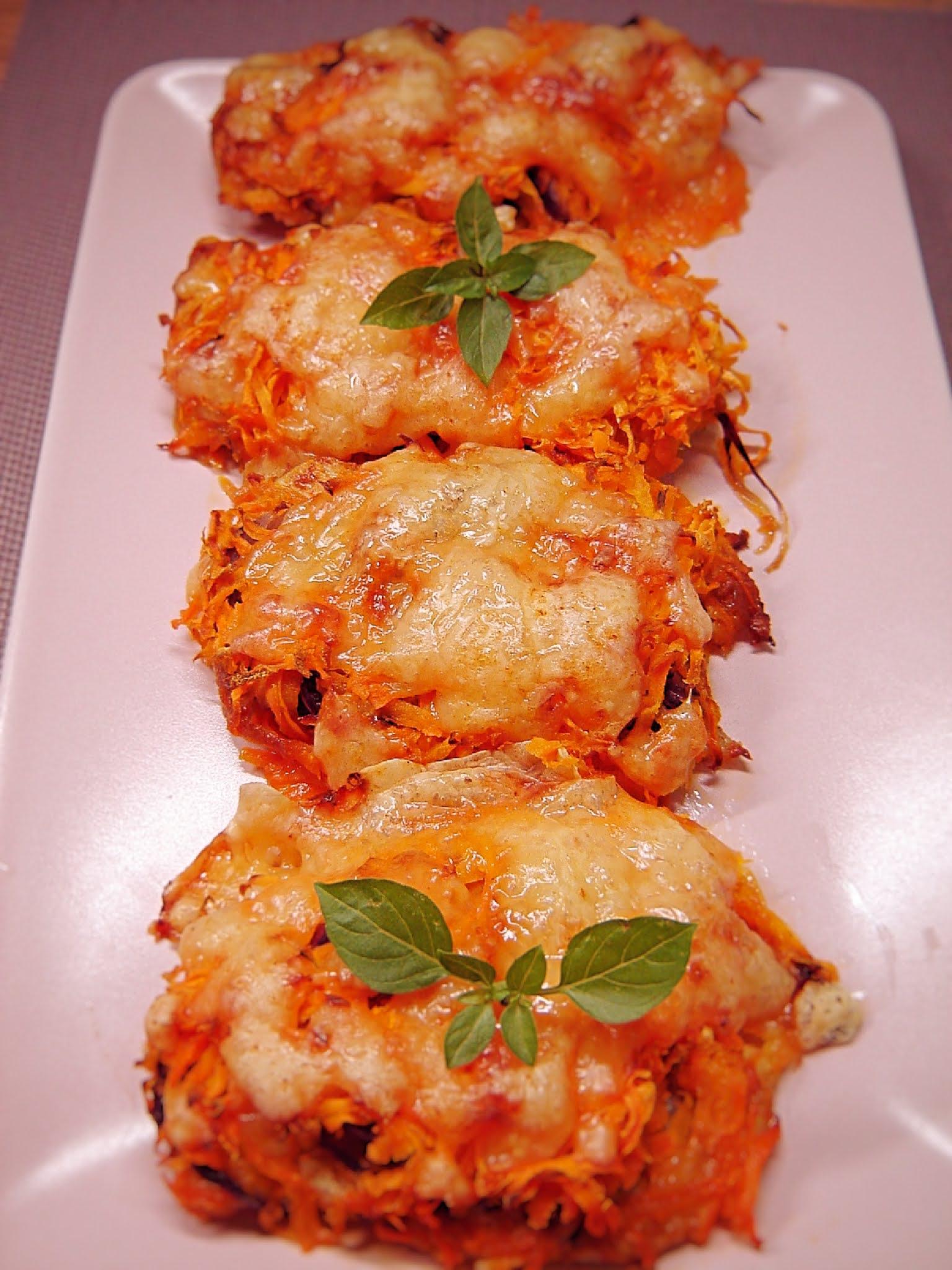 Filety z kurczaka pod marchewkową pierzynką