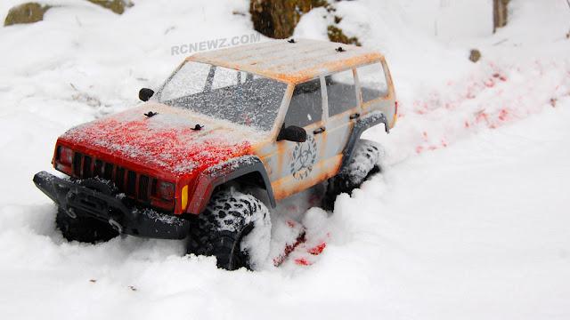 Traxxas TRX-4 bloody snow
