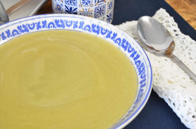depurar, depurativa, sopa, sopa depurativa, sopa depurativa apio, sopa depurativa de cebolla y apio, sopa depurativa de col, sopa depurativa de escarola, sopa depurativa y adelgazante, las delicias de mayte,
