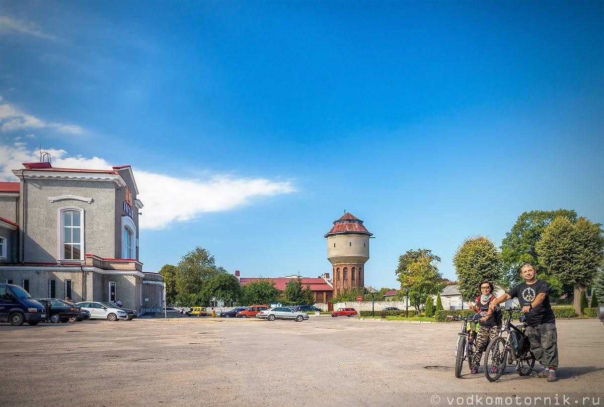 На привокзальной площади Черняховска