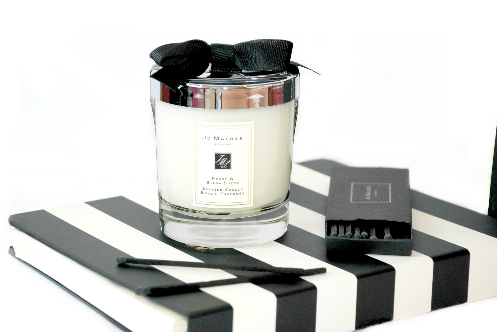 Jo Malone Candle peony and blush suede