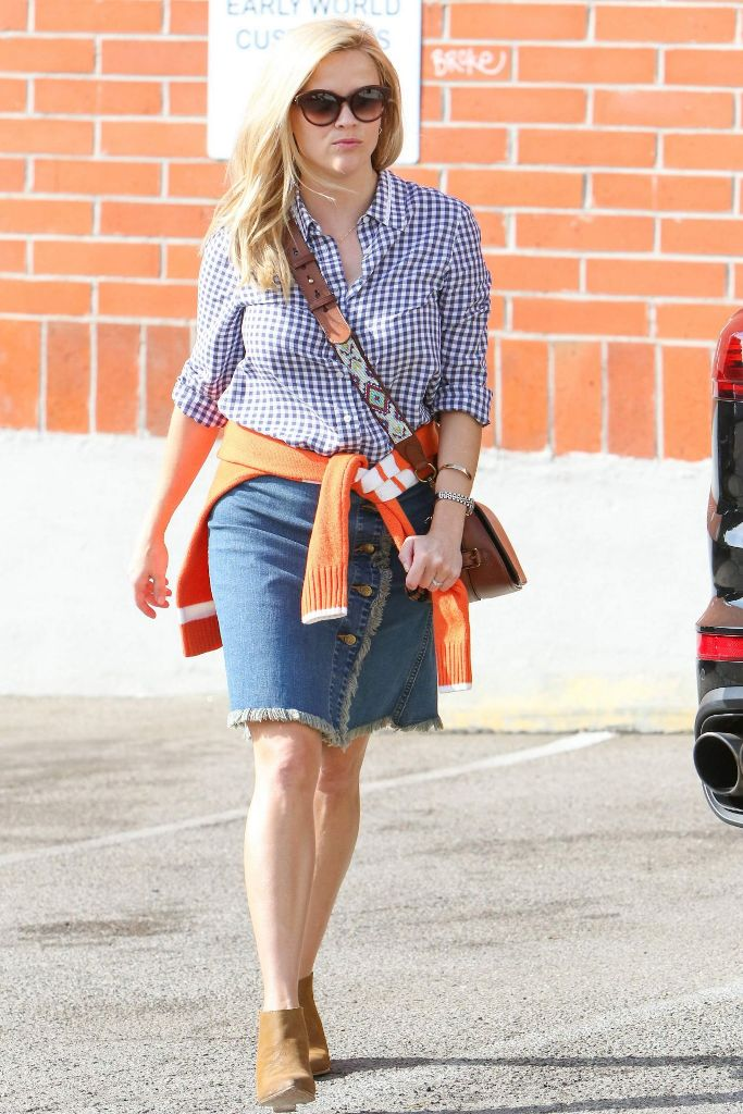 Reese Witherspoon casual style out in Los Angeles
