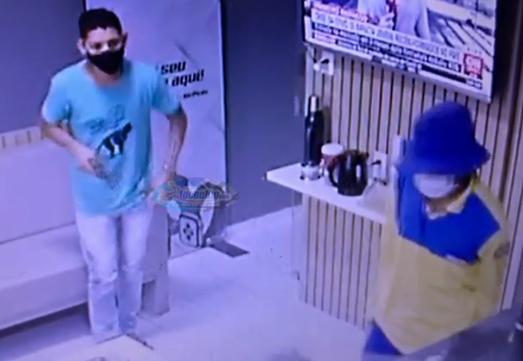 Criminosos com farda dos Correios assaltam loja de Celular no Bairro Aeroporto em Mossoró (VEJA VÍDEO)