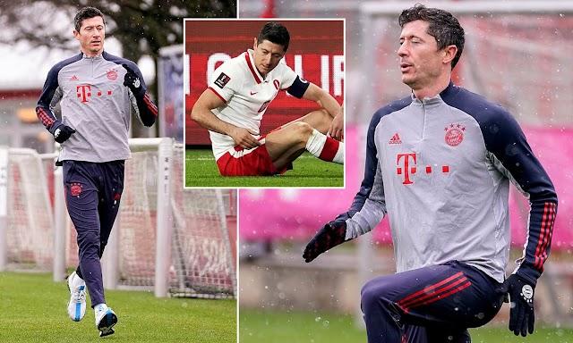 Robert Lewandowski returns to Bayern Munich training