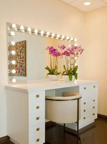 Dressing table dressing room with mirrored countertop
