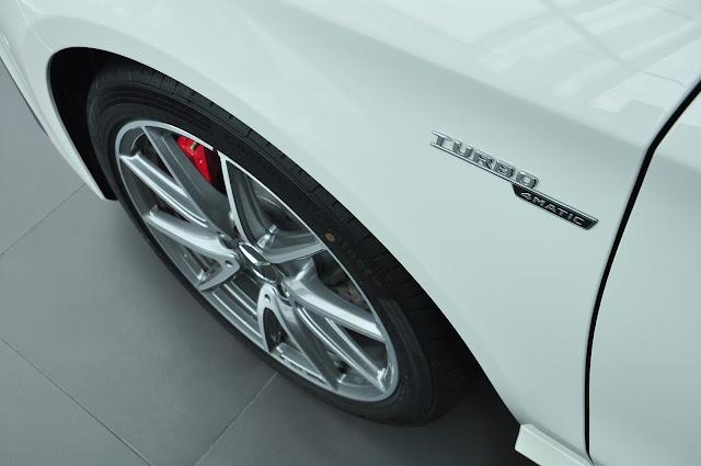 Mercedes AMG CLA 45 4MATIC sử dụng huy hiệu TURBO AMG