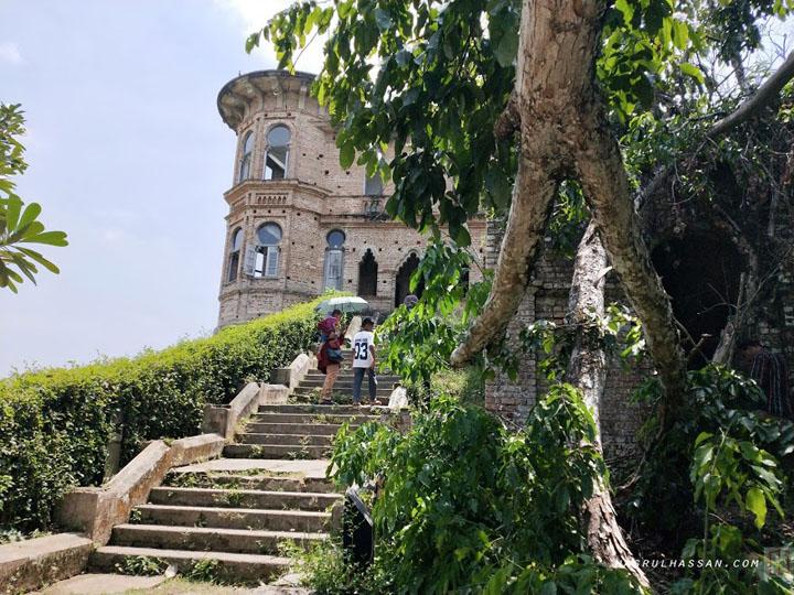 Kisah berhantunya Istana Kellie di Batu Gajah