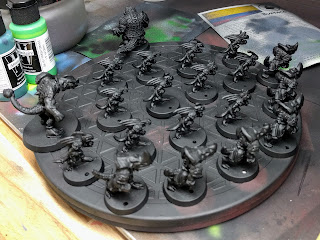 Lizardmen team primed black