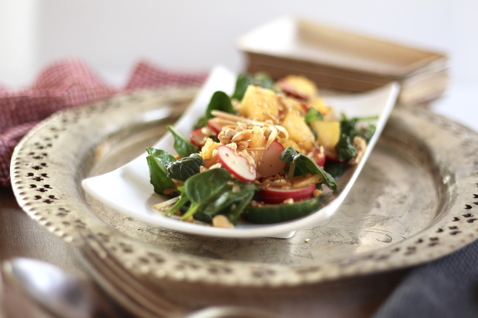 Mango Tofu Bowl - vegetarisches Fitness Food - asiatisch, exotisch, scharf!