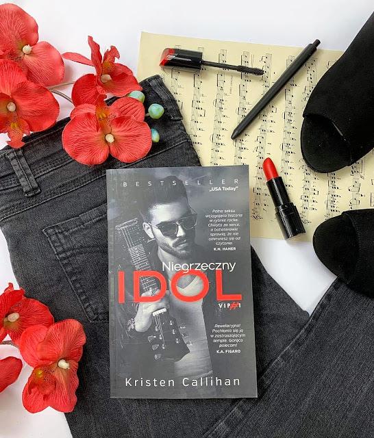 Niegrzeczny IDOL Kristen Callihan