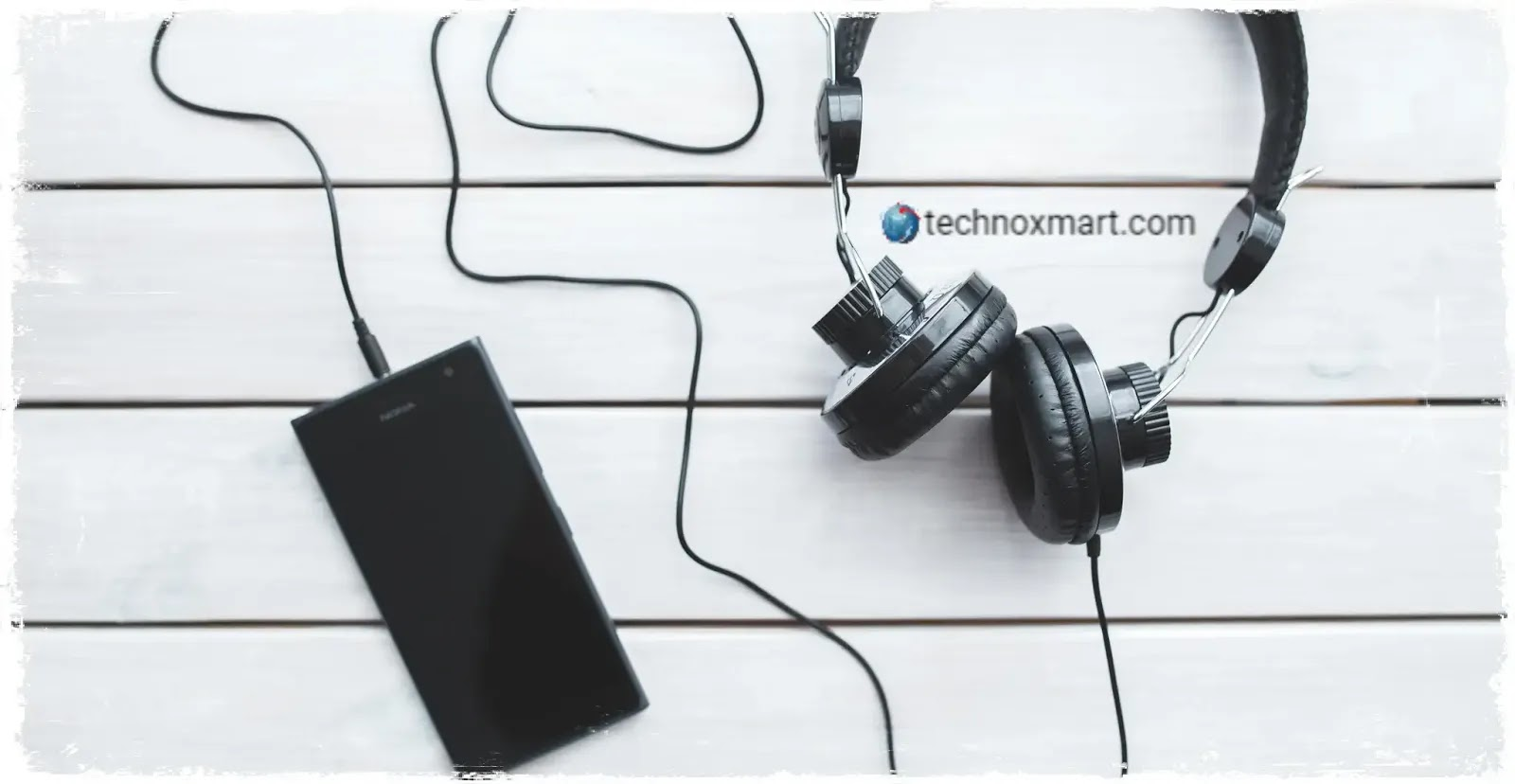 Wired Vs Wireless Headphones Which Is Best To Buy Very Simple Technoxmart