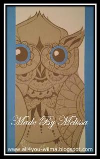 De prachtige uil die Melissa op de muur in de woonkamer heeft geschilderd. The beautiful owl that Melissa painted on the wall in the living room.