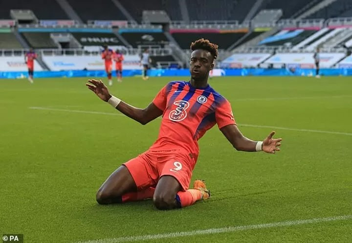 Arsenal 'join host of Premier League clubs interested in Tammy Abraham