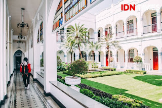 Arsitektur gaya Eropa di Hotel Majapahit