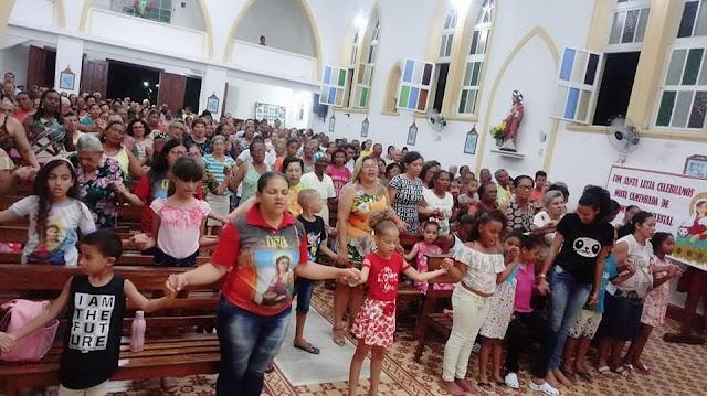Terceira noite da Trezena de Santa Luzia Padroeira de Macajuba, assista aos vídeos.