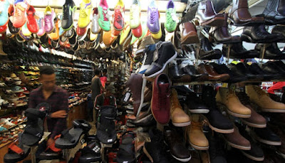 Pusat Sepatu Blok M Dari Eceran Hingga Online 82a3ad2589