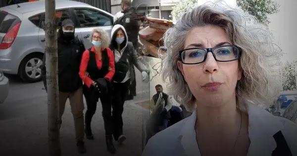 Εικόνες-σοκ στην Ελλάδα: Με χειροπέδες η μητέρα που δεν ήθελε να υποβληθεί σε self test το παιδί της! (βίντεο)