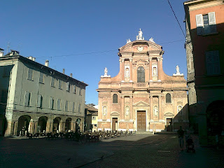 The Basilica di San Prospero, built between the 16th and  18th centuries, is a notable building in Reggio Emilia