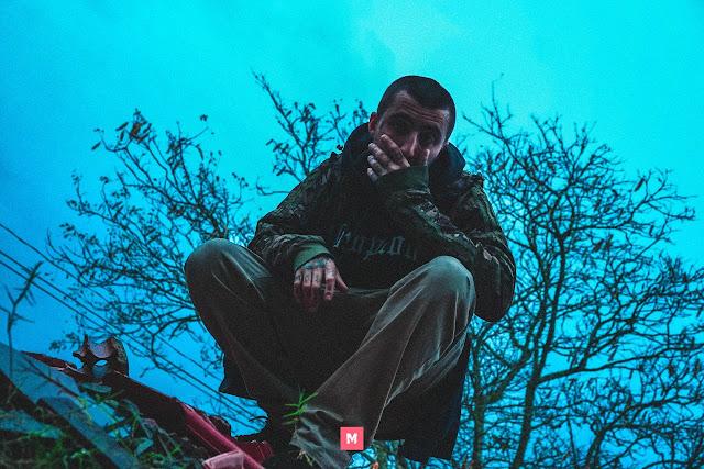 """O rapper Azvisoes lança o clipe da música """"Entre o ego e a ambição"""""""