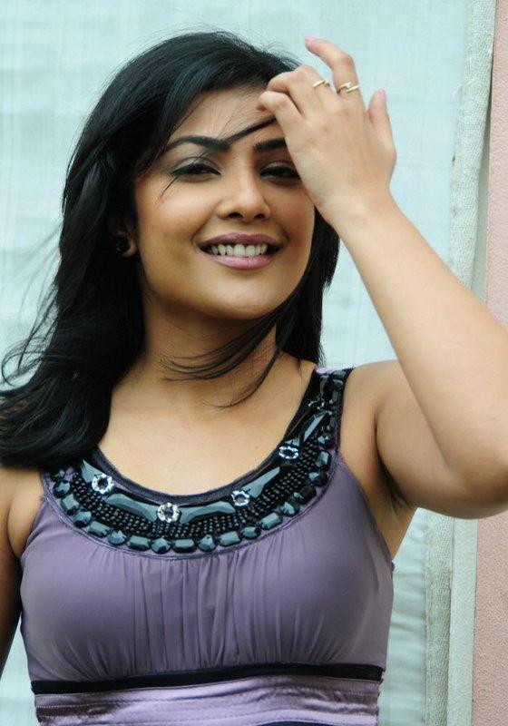 Kamalini mukherjee hot sexy sense