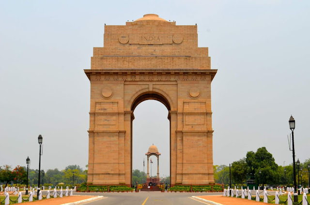 india gate  Facts image