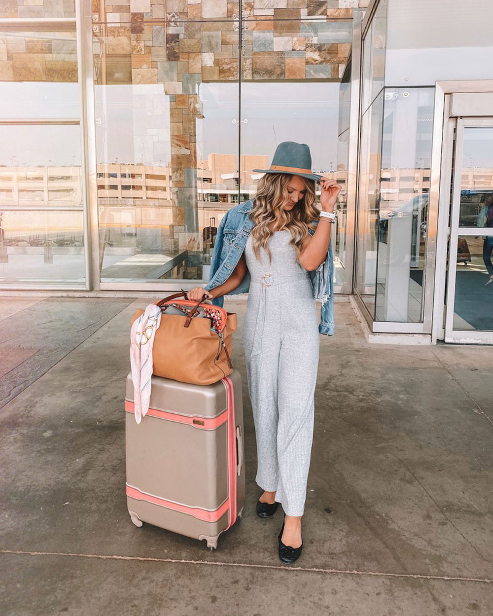 What to wear on an overnight flight