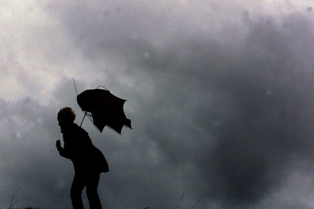 قتلى و أضرار كبيرة في بريطانيا بسبب العاصفة دينيس