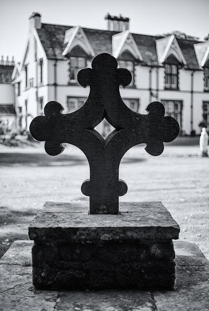 The Fawn (Fallen) Cross