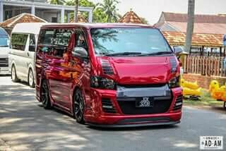 Toyota KDH (van)