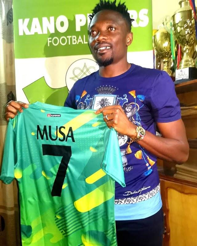 Kano Pillars Unveil Super Eagles Captain, Ahmed Musa, Gives Him Jersey No 7 (Photo)
