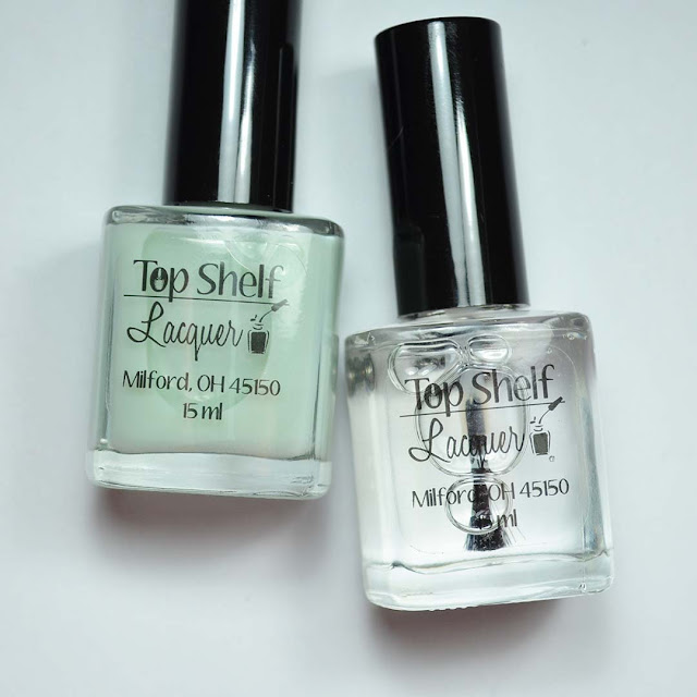 nail polish top coat and base coat