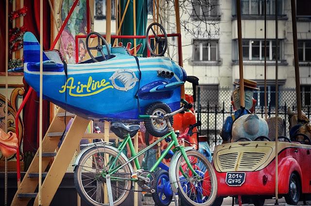 Paris manège couleurs