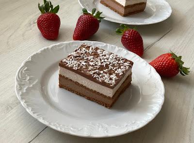 Ciasto przekładane bez pieczenia z mascarpone