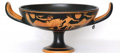 Γιατί οι αρχαίοι έβαζαν νερό στο κρασί τους;