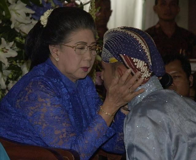 AHY berduka, Nenek Tercintanya Meninggal Dunia