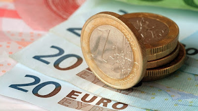 Германия проводит эксперимент по выплате безусловного базового дохода