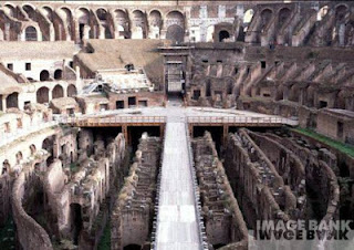 www.fertilmente.com.br - Um anfiteatro Romano e suas estruturas subterrâneas