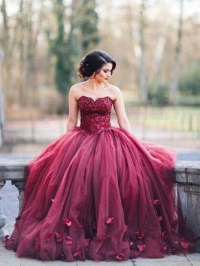 http://www.dressesofgirl.com/ball-gown-sweetheart-tulle-floor-length-appliques-lace-burgundy-noble-prom-dresses-dgd020103052-6104.html