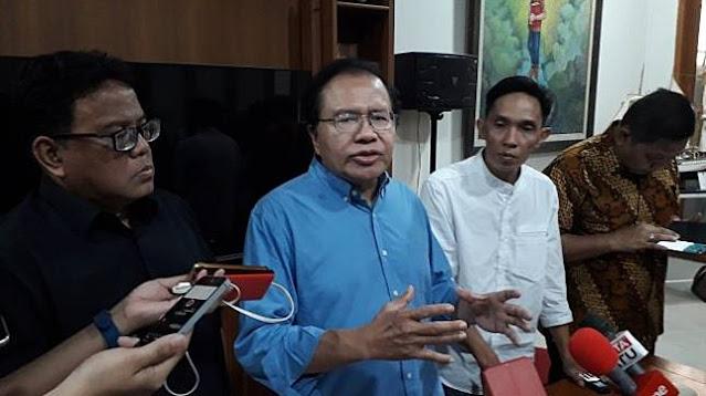 Ekonom senior Rizal Ramli angkat bicara terkait resesi yang di alami oleh Singapura. Bahkan menurutnya, kondisi tersebut bisa berdampak ke Indonesia. Hal ini ia sampaikan dalam sebuah diskusi virtual, Kamis (16/7) kemarin di Jakarta.