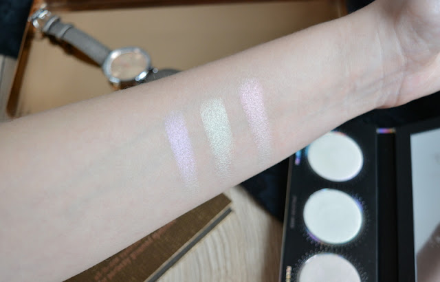L.O.V. Lovillusion Holographic Highlighter Palette