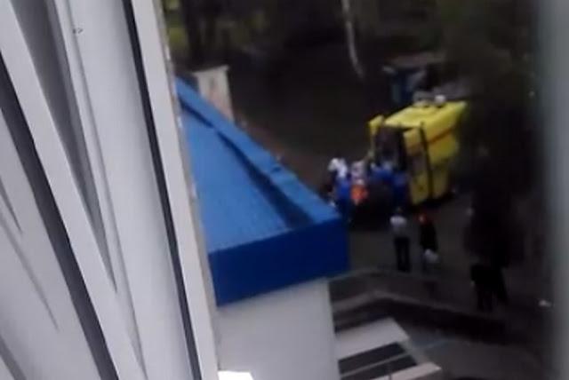 В Уфе из окна роддома выпала женщина