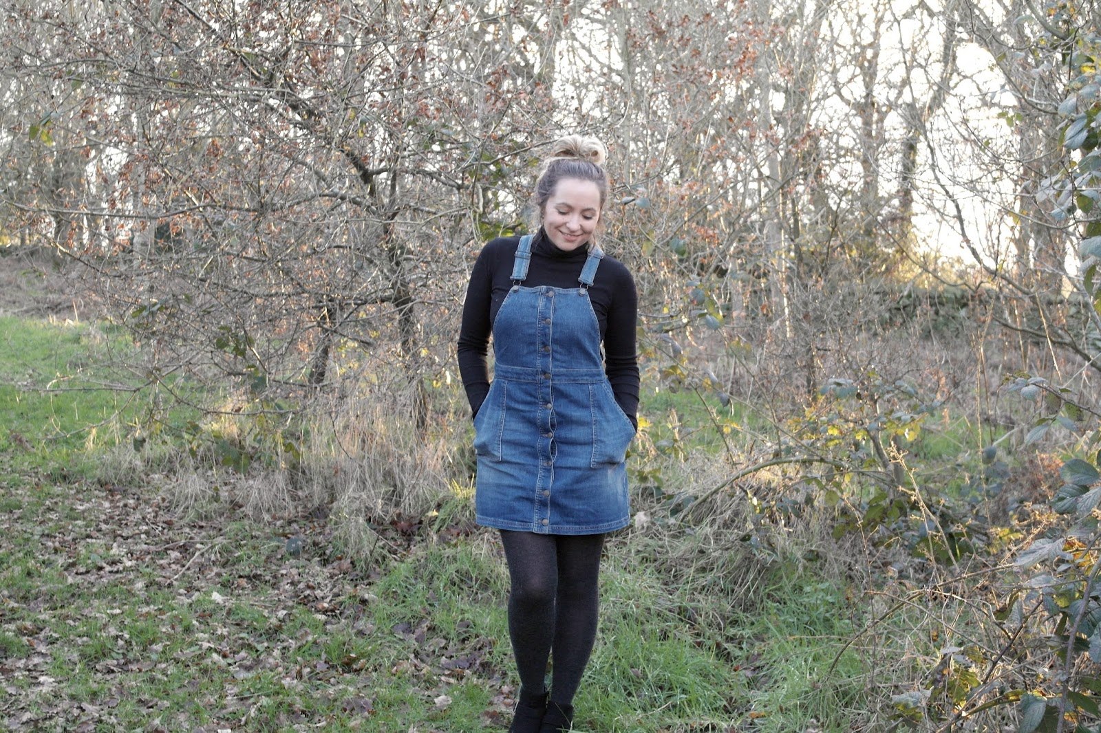 styling dungaree dress