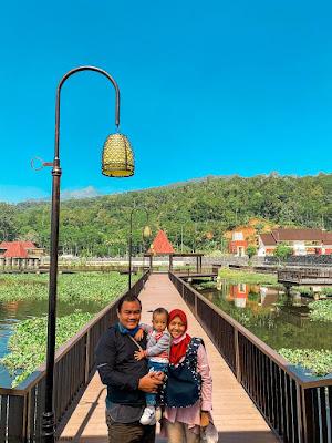Jembatan Bukit Cinta Rawa Pening di Banyubiru Kab Semarang