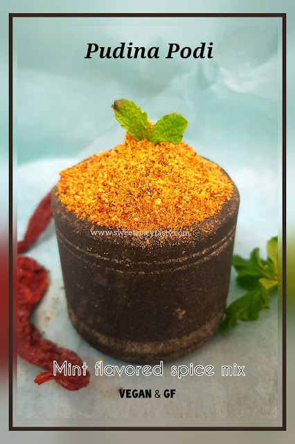 Pudina podi is an aromatic and flavorful spice mix made by roasting and blending udad dhall , chillies and fresh mint leaves.
