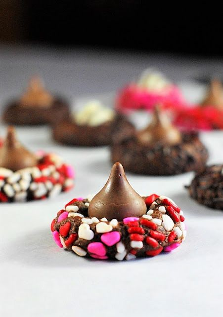 chocolate-valentine-kiss-cookie-recipe