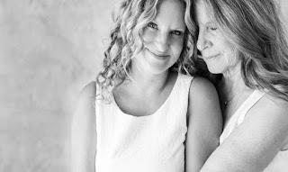 Σ'αγαπώ και σε θαυμάζω ρε μάνα, κι ας μην στο λέω όσο πρέπει.